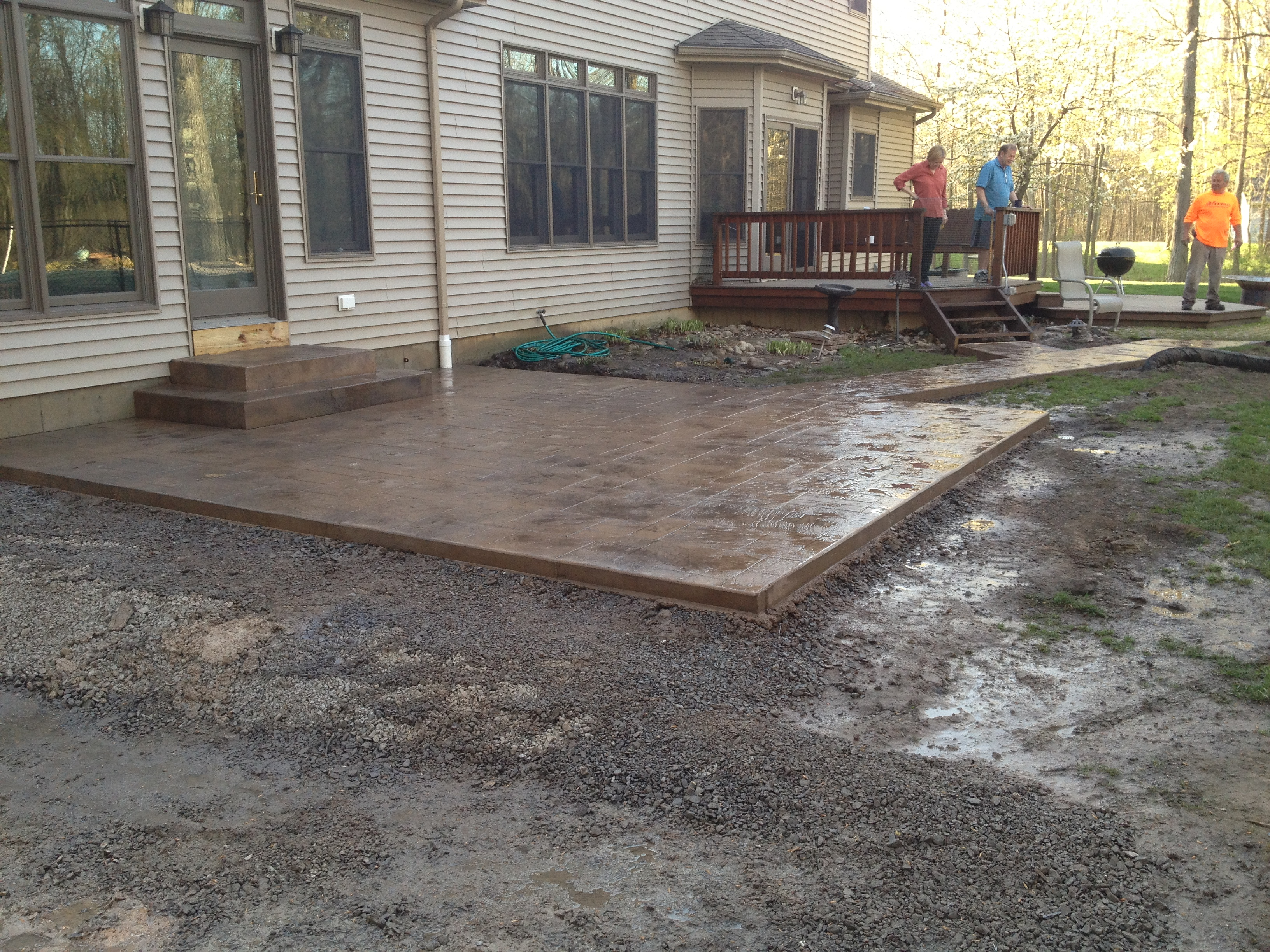 patio with paths